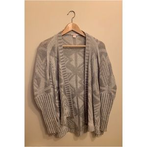 Grey patterned cardigan!!